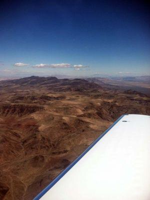 Travel_airplane_mountains_square.jpg